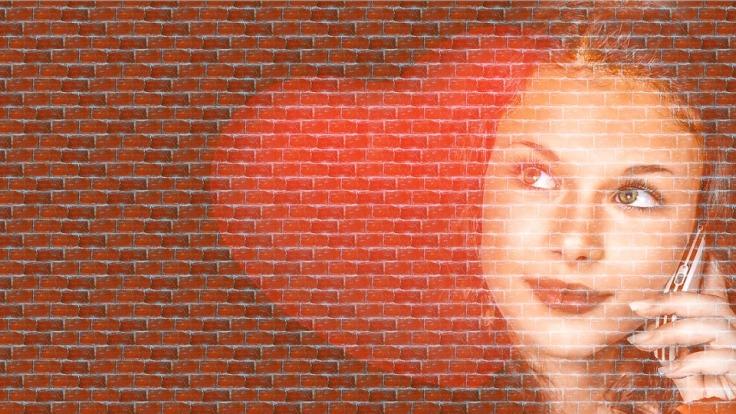 woman-1264729_960_720.jpg